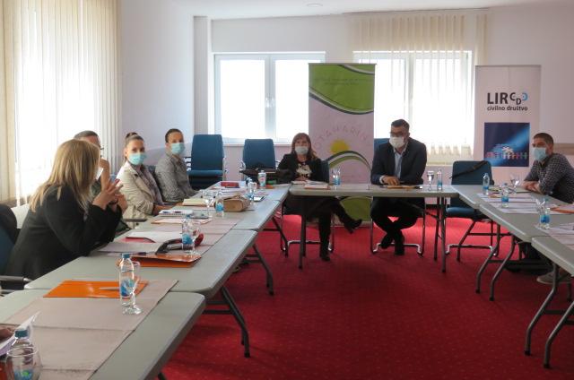 Izrađen Akcioni plan o obrazovnim potrebama Roma/Romkinja u R2 2021-2024.
