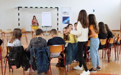 Održane Žive biblioteke i Forum teatar u Cazinu
